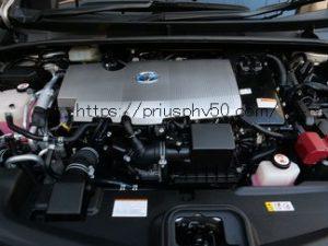 プリウスPHV52のエンジンルーム画像です